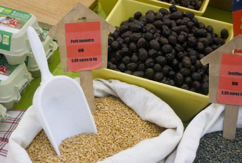 Marché de producteurs à Montbrun-les-Bains - 0