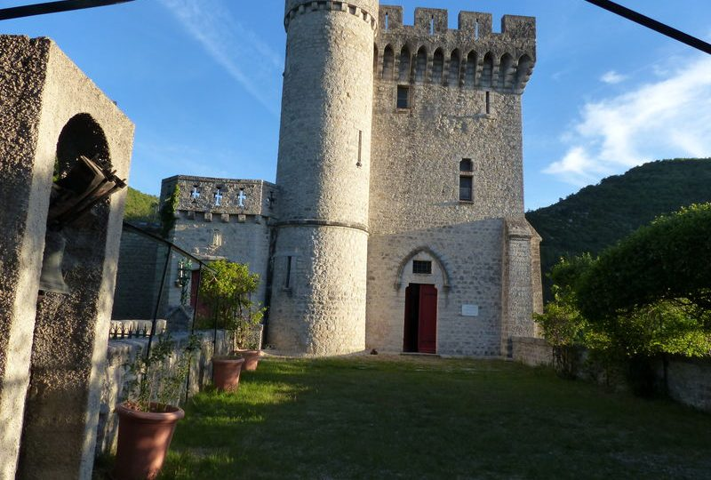 Château d'Aulan à Aulan - 1