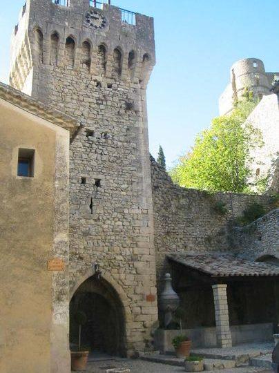 Beffroi de Montbrun les bains à Montbrun-les-Bains - 1