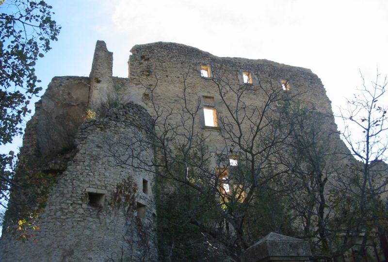 Château de Montbrun les Bains à Montbrun-les-Bains - 0