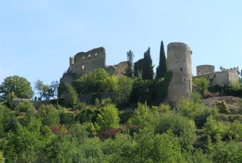 Château de Montbrun les Bains à Montbrun-les-Bains - 1