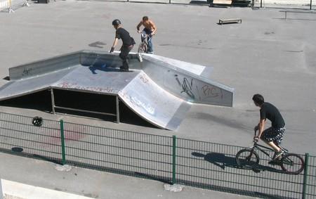 Skate Parc et terrain modulable à Nyons - 0
