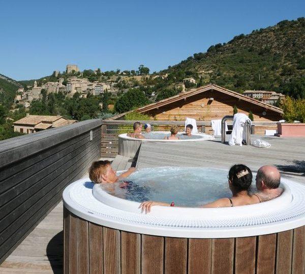 Etablissement Thermal Valvital à Montbrun-les-Bains - 1