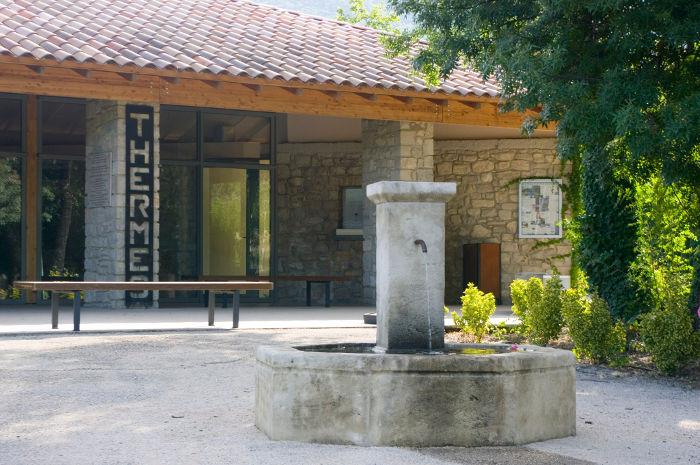 Etablissement Thermal Valvital à Montbrun-les-Bains - 2