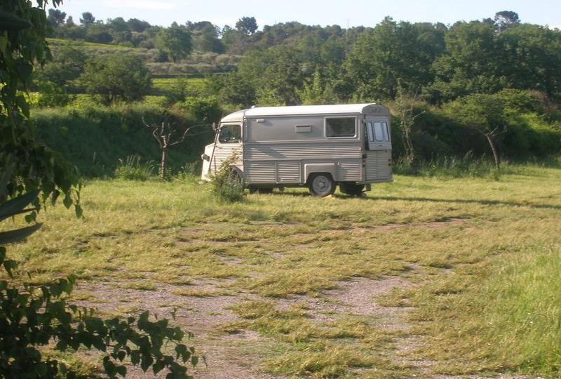Aire de Camping-cars privée Domaine du Chêne Vert à Mirabel-aux-Baronnies - 2